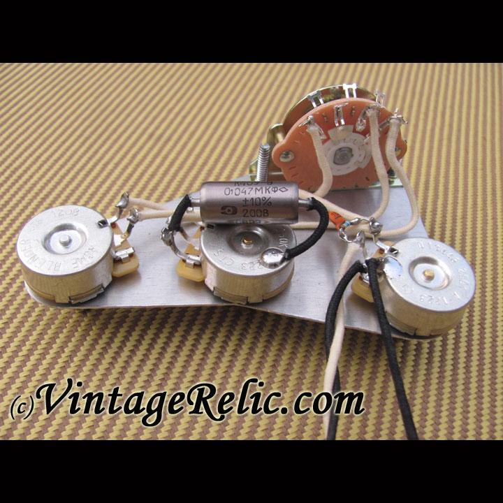 Strat: Blender K40Y-9 .047uF | Vintage RelicGuitar relic'ing ... on